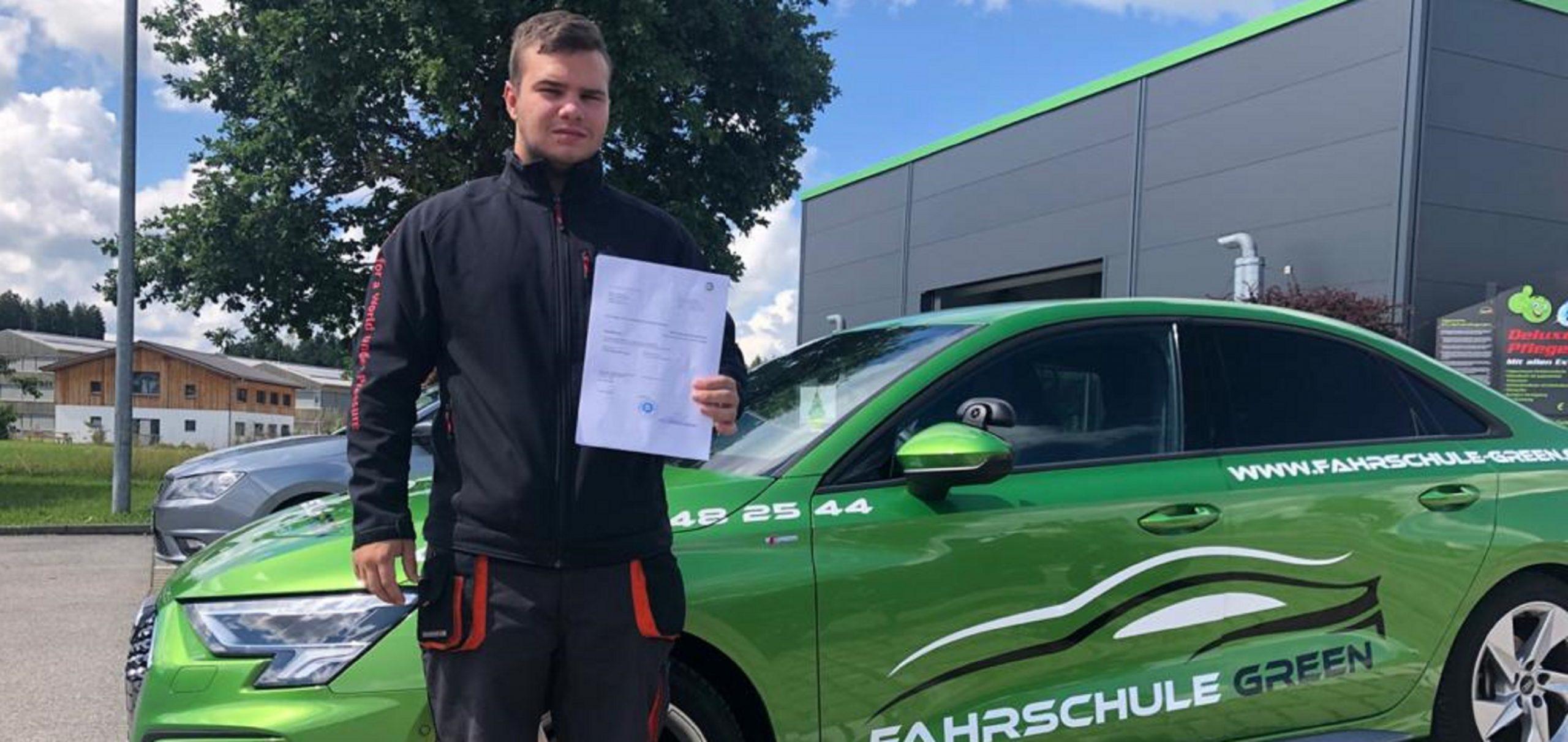 alexander-hermann-pruefungen-b-2021-fahrschule-green-kaufbeuren-neugablonz